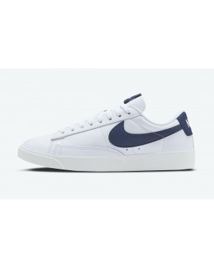 AV9370-119 Nike Dames Blazer Low LE Schoenen - Wit/Midnight Navy