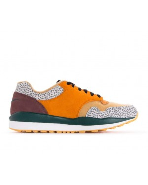 AO3298-800 Nike Air Safari SE - Monarch/Geel-Flax-Mahogany Mink