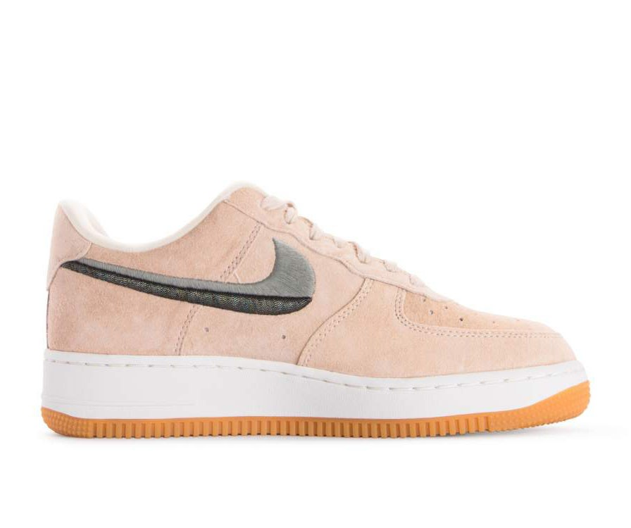 898889-801 Nike Dames Air Force 1 07 LX - Guava Ice/Groen-Geel
