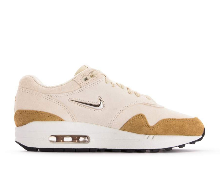 AA0512-200 Nike Dames Air Max 1 Premium SC - Beach/Metallic Gold-Muted Bronze