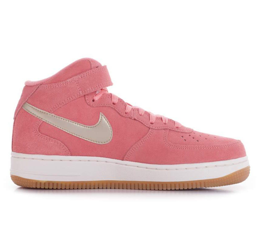 818596-800 Nike Dames Air Force 1 07 Mid SEasonal - Bright Melon/Metallic Gold-Sail