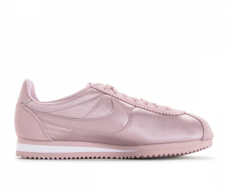 749864-607 Nike Dames Classic Cortez Nylon - Particle Rose/Particle Rose/Wit