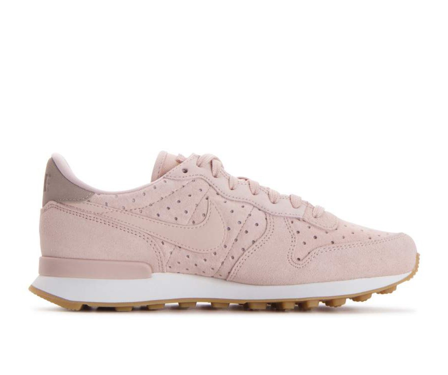 828404-204 Nike Dames Internationalist Premium - Beige/Beige