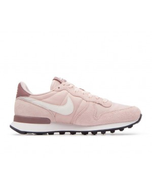 828407-211 Nike Dames Internationalist - Beige/Wit-Smokey Mauve