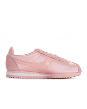749864-606 Nike Dames Classic Cortez Nylon - Coral Stardust/Coral Stardust/Wit